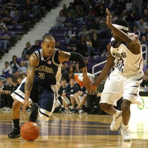 Washburn+Senior+guard+Michael+Williams+moves+past+K-State+guard+Jermaine+Maybank+during+Saturday%27s+Exhibition+thriller%0A