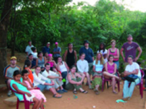 Students+travel+to+serve+in+Central+America