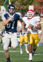 Foot+race+Washburn+receiver+Jake+Lebahn+runs+away+from+the+Pittsburg+State+defense+for+a+68-yard+reception.+He+had+six+catches+for+153+yards+including+touchdowns+of+31+yards+and+six+yards.%0A