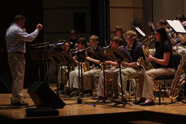 Washburn+graduate+Cary+Stahly+directed+the+Seaman+High+School+Jazz+I+Ensemble+last+Friday+at+the+Coleman+Hawkins+Jazz+Festival+in+White+Concert+Hall.%0A