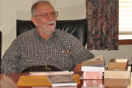 Former WU English professor returns to promote book