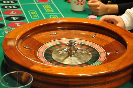 Washburn students enjoyed an array of casino games, including roulette, at the 2010 Casino Night, the final event of Welcome Week.