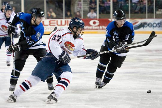 A rivalry renews this weekend when the Topeka RoadRunners play the St. Louis Bandits. The teams are two of the top franchises in the league and play their first series out of four this season.