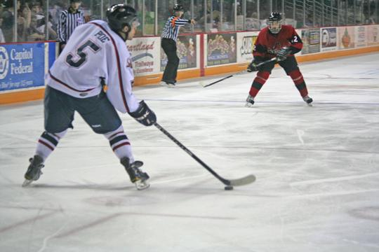 Jacob Poe, Topeka defenseman, had an assist in the RoadRunners 6-3 victory on Saturday night. The RoadRunners scored 10 goals in two games over the weekend.