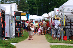 VIDEO: Mulvane Mountain/Plains Art Fair continues through weekend