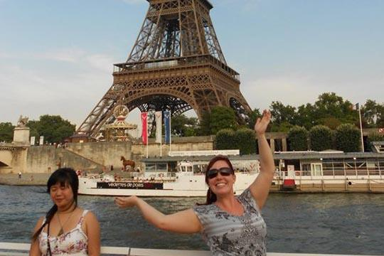 Arms+aloft+Jordan+Ward+%28right%29+recently+participated+in+a+study+abroad+program+with+the+American+Institute+for+Foreign+Study.+The+Washburn+senior+visited+a+variety+of+sites+in+France%2C+including+the+Eiffel+Tower.%0A