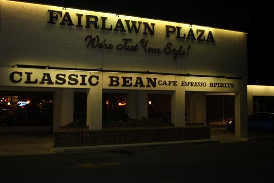 Good+Deal+Fairlawn+Plaza+Mall+is+home+to+places+where+students+can+get+various+deals.%0A