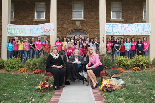 A+90-year-old+woman+joined+the+sorority%2C+Zeta+Tau+Alpha+after+waiting+70+years+for+her+dream+to+be+fulfilled.+The+Great+Depression+prevented+that+dream.%0A