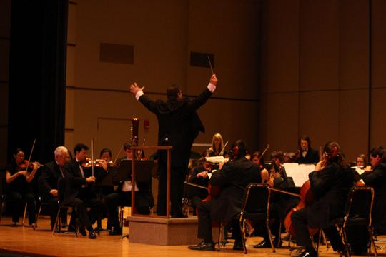 Symphony experience The Washburn Symphony Orchestra held their opening concert October 14 at White Concert Hall. The concert featured a performance of Mozart's Symphony No. 14.
