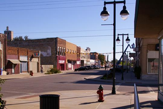 Rundown Downtown The Downtown Design project is looking for input on how best to renovate downtown Topeka. They have opened an office space downtown what is open to the public and specifically devised to address the downtown renovation.