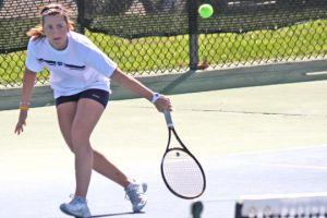 Washburn+women%27s+tennis+cruises+past+Lincoln+University