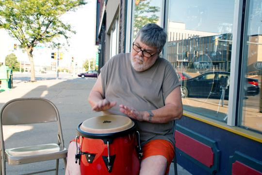 Drumming+Away+Trent+Lassiter+shows+folks+on+Thursday+evenings%2C+what+Topeka+is+all+about.%0A