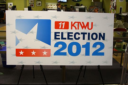 KTWU+held+election+coverage+in+the+Mabee+Library+during+the+vice+presidential+debate.%0A