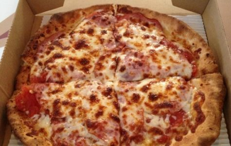 Late Night Cravings: A new pizza place, College Hill Pizza Pub, recently opened up near Washburn University. Unlike other pizza providers in Topeka, Pizza Pub is open till 3 a.m. on the weekends to help with those late night hungers.