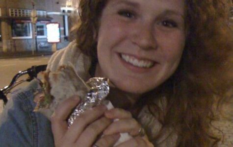 Washburn student, Sydney Spyres eats doner kebab in Maastricht, Limburg, Netherlands. She has completed a community service WTE and an international education WTE.