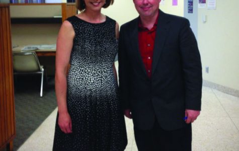 Washburn adjunct professor and journalist Tim Hrenchir with Melissa Brunner, an accomplished journalist and news anchor at WIBW. Brunner was just one of the many guest speakers Hrenchir's class had this semester.