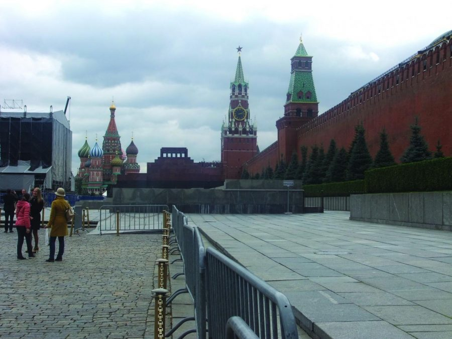St.+Basil%27s+Cathedral+was+built+in+1552+by+Ivan+the+Terrible.+The+cathedral%2C+now+a+museum%2C+is+located+in+Red+Square+in+Moscow%2C+Russia.