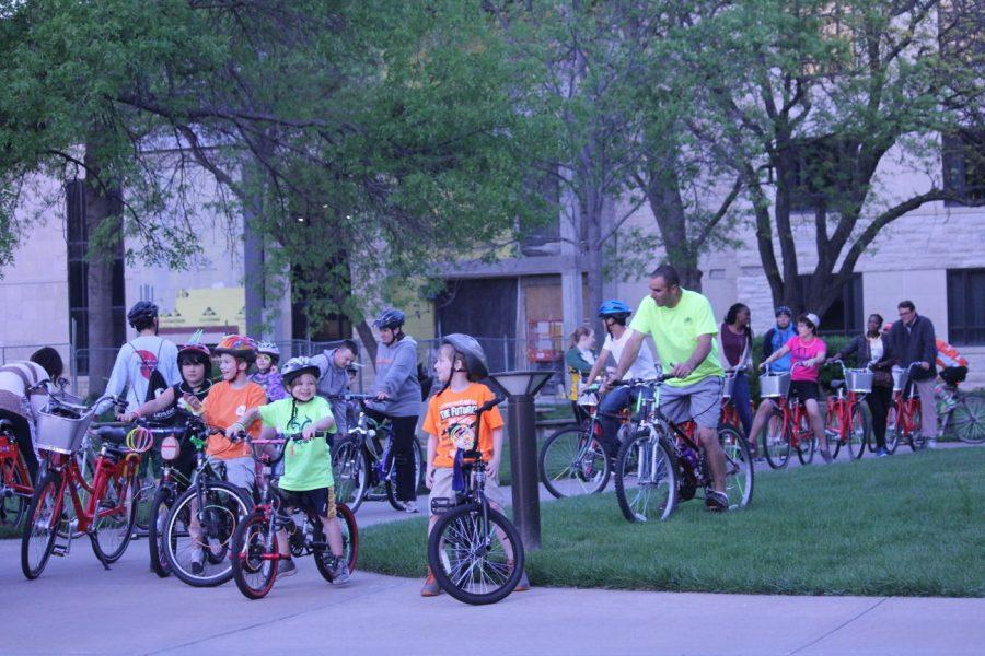 Washburn cyclists glow during nighttime ride