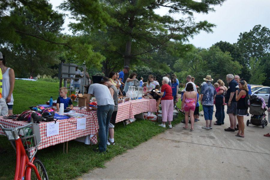 College Hill community meets for annual night out
