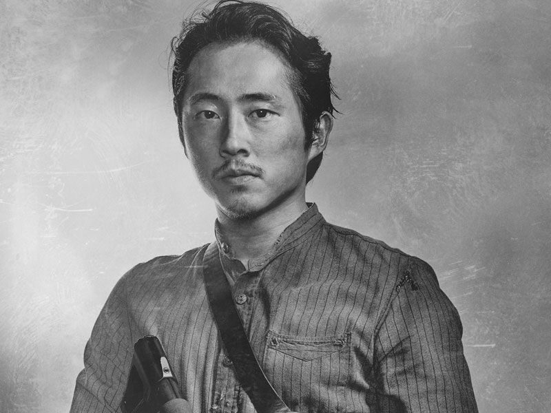 'Walking Dead' character, Glenn Rhee, is presumed dead after an exhilarating episode full of zombie attacks and shock due to this unexpected death.