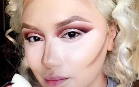 Youtube beauty guru Belladelune began the clown contouring craze on Instagram and will be hosting makeup seminars in Dallas and Houston, Texas, this July.