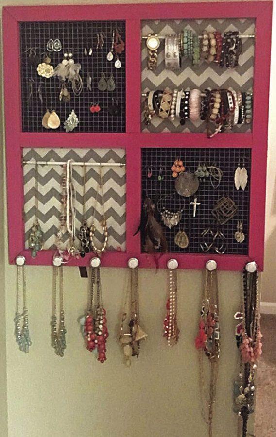 Bold Framed Jewelry Organizer