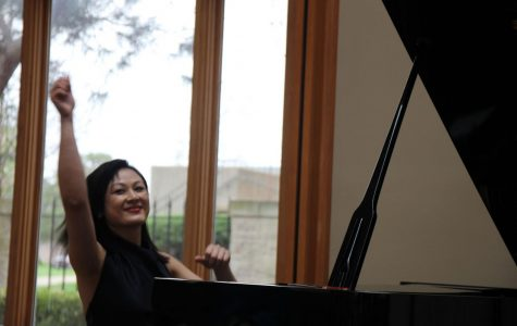 Music department opens festival with piano recital