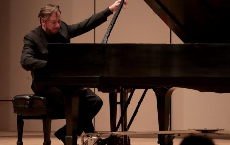 Amazing virtuoso pianist: American pianist Thomas Pandolfi performed seven pieces of music at White Concert Hall.