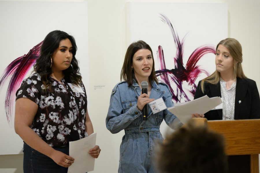 3 smart ladies: Students Yaretzi I. Villa (left), Brooke Province (middle) and Hannah Hagedorn give a presentation at Apeiron in 2019.