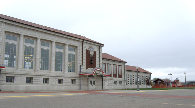 Grand Architecture: The Great Overland Station does not see much use nowadays but used to be central to the development of Topeka. Events like the Butterfly Ball are more common here now than trains.