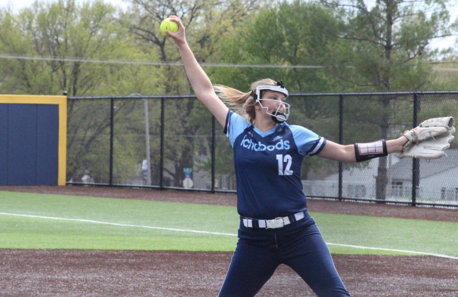 Reach+back%3A+Jaycee+Ginter+delivers+a+pitch+to+a+Newman+hitter+in+game+two+of+Washburn%27s+double-header+sweep.