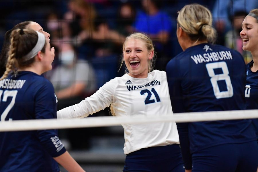 Celebration%3A+Washburn+University+defensive+specialist+Faith+Rottinghaus+%2821%29+celebrates+after+a+point.+The+Ichabods+swept+Emporia+State+3-0+on+Tuesday%2C+Sept.+21%2C+2021%2C+at+Lee+Arena+in+Topeka%2C+KS.