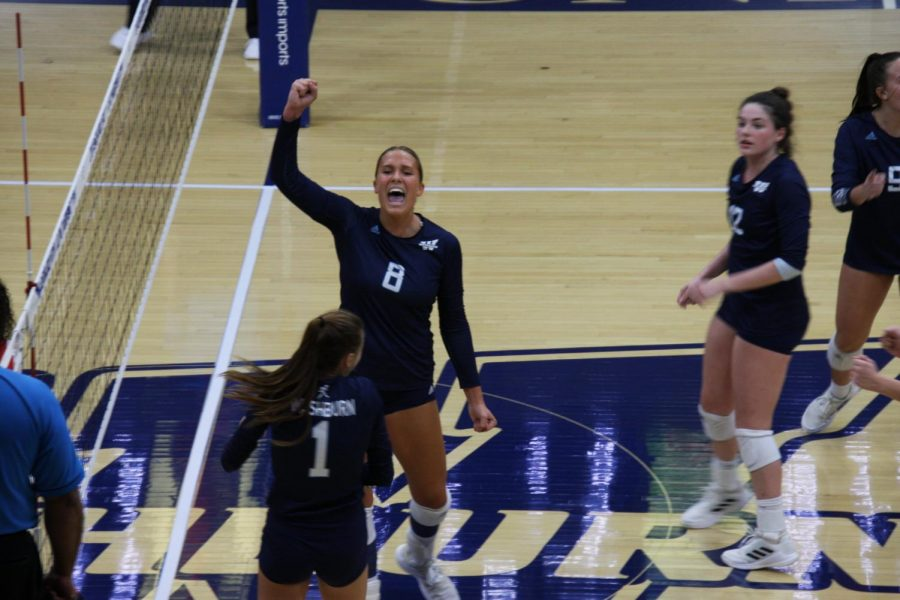 Big+play%3A+Senior+middle+hitter+Allison+Maxwell+celebrates+after+the+team+wins+a+point+on+Oct.+1%2C+2021.+Maxwell+finished+the+match+with+8+kills.
